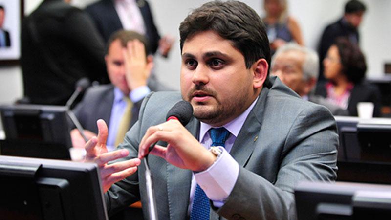 Deputados apoiam empresários na licitação das lotéricas