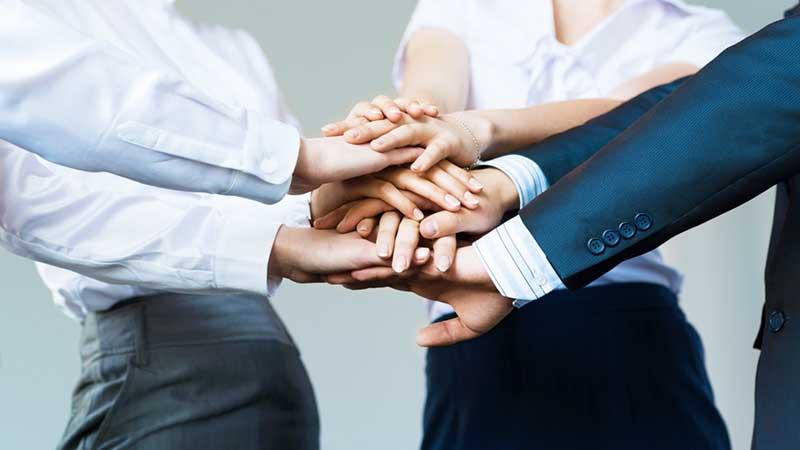 estimular o trabalho em equipe