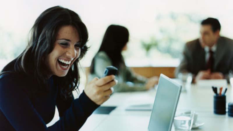 Como superar o uso de smartphone no trabalho