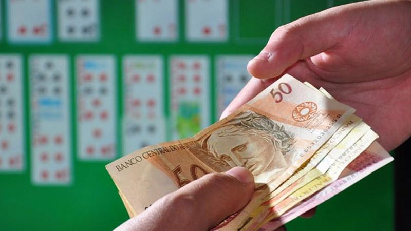 dinheiro com jogos